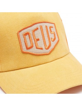 DEUS Trucker hat Foxtrot Shield - orange