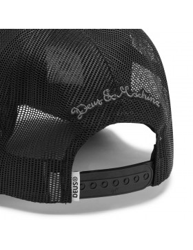 DEUS Pill Trucker cap - Black