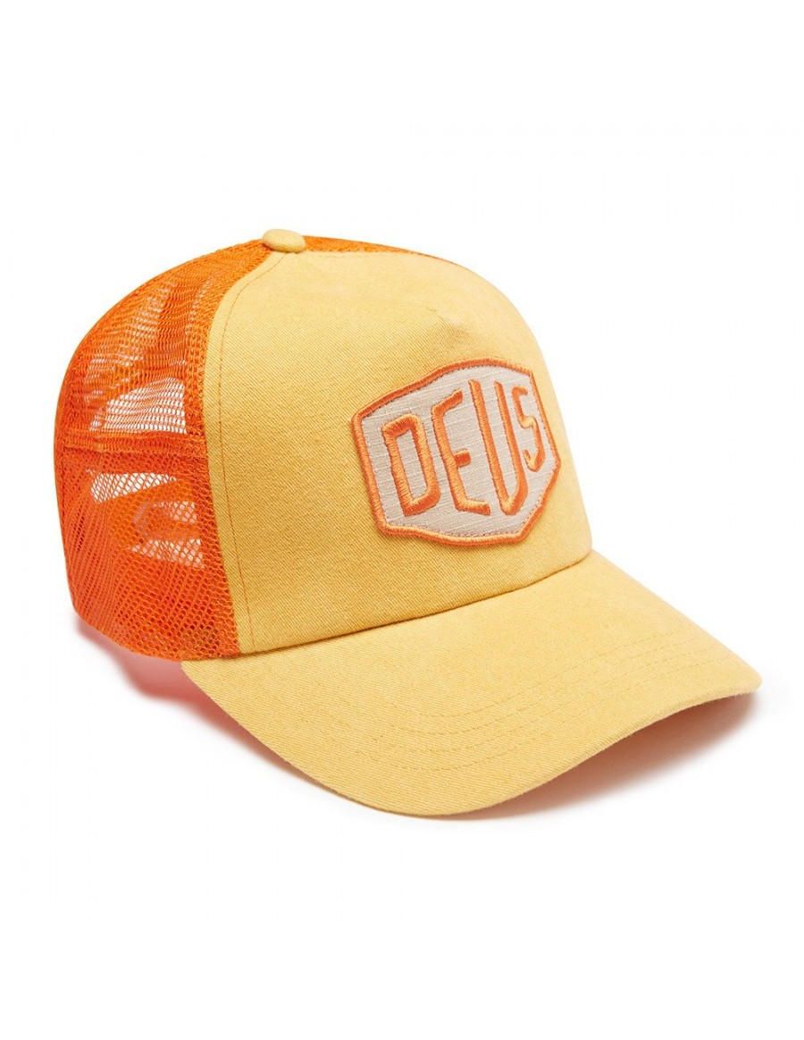 DEUS Trucker hat Foxtrot Shield - orange