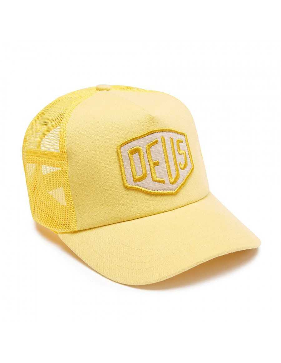 DEUS Trucker hat Foxtrot Shield - yellow