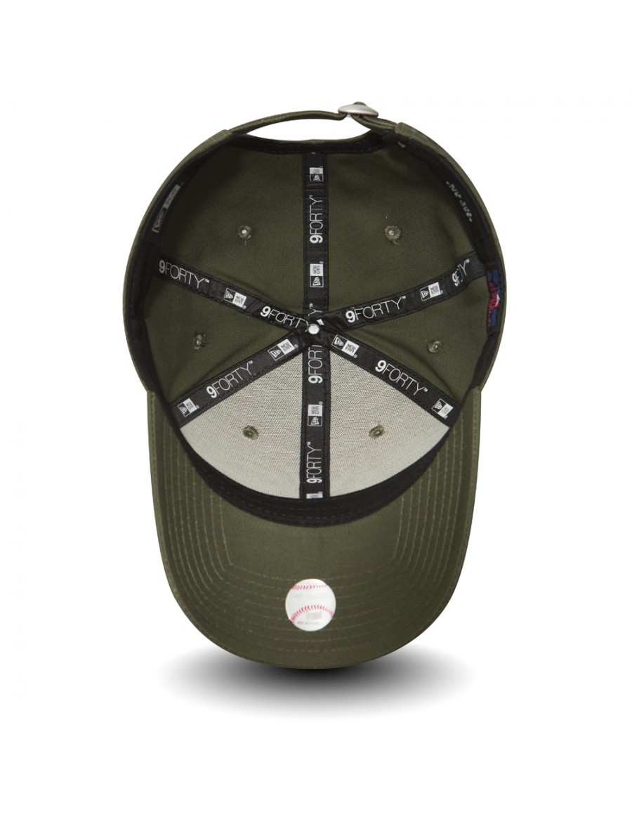 New Era 9Forty League Essential (940) New York Yankees Olive Black + ... 371b3ee2ec52